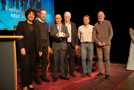 Photo of the group of scientists have received the INRA award for 2018. Jouy-en-Josas, Yvelines (78), 15 November 2018.	© Bertrand NICOLAS - Inra, NICOLAS Bertrand